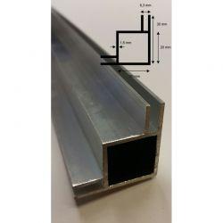 Alu Vier-Kantprofil mit 4x10 mm Stege L